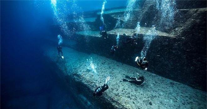 Tàn tích được phát hiện dưới lòng Yonaguni, Nhật Bản