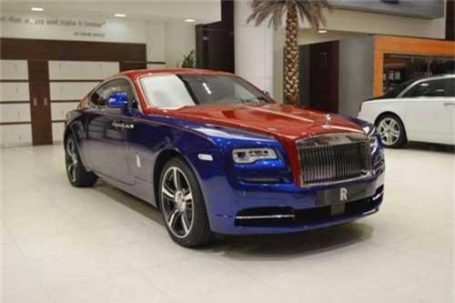Ảnh: Rolls-Royce Wraith với phối màu độc nhất thế giới. Sở hữu tông màu xanh dương - đỏ thuộc hàng siêu hiếm, chiếc Rolls-Royce Wraith của một đại gia Trung Đông trở nên độc nhất vô nhị trên thế giới. (CHI TIẾT)