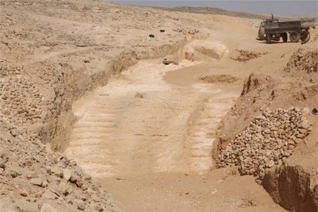 Hoang mang phát hiện mới phá tan bí ẩn hàng nghìn năm của kim tự tháp Ai Cập? - Ảnh 1.