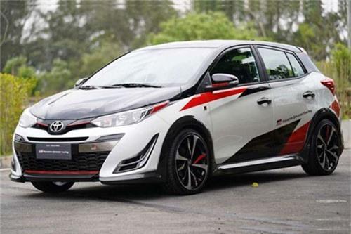 Toyota Yaris GR-S.