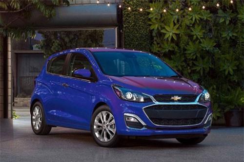 2. Chevrolet Spark 2019 (giá khởi điểm: 13.050 USD).