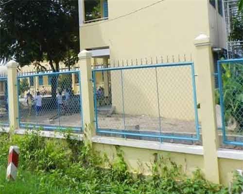 Trường học nơi nữ sinh lớp 1 bị xâm hại tình dục. Ảnh: Anh Tuấn.