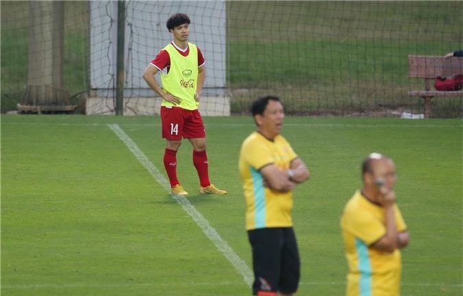HLV Park Hang-seo 'đuổi' Công Phượng vì hành vi phi thể thao