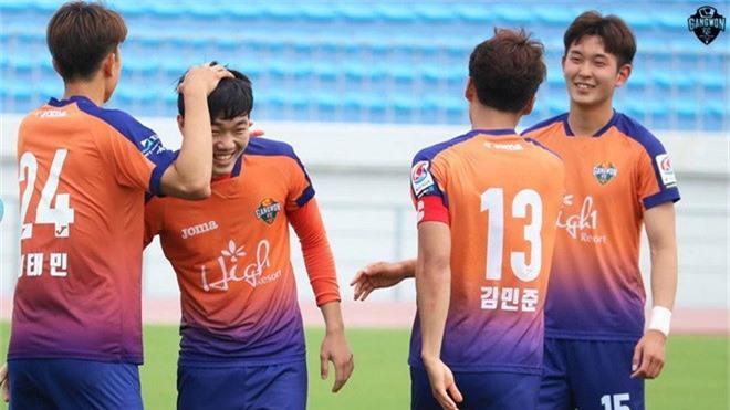 Phong vien Han Quoc: 'Xuan Truong nen tro lai K.League thi dau' hinh anh 2