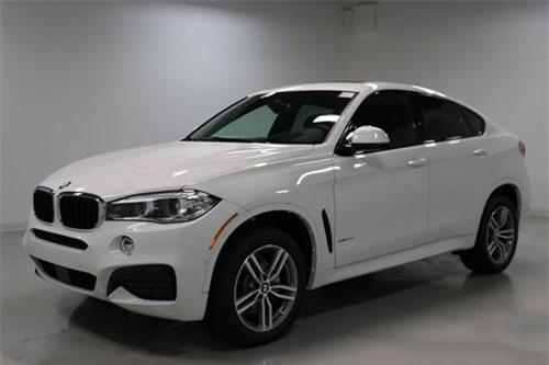 5. BMW X6 2019 (giá khởi điểm: 62.950 USD).
