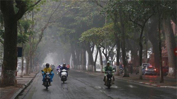 Dự báo thời tiết 13/11: Hà Nội tiếp tục mưa rào sáng sớm