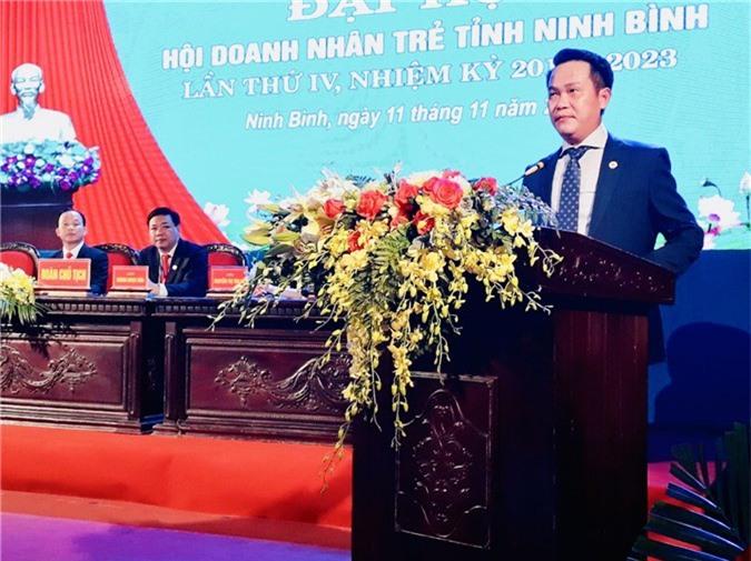 Ông Đặng Hồng Anh, Chủ tịch Hội DNT Việt Nam phát biểu tại Đại hội