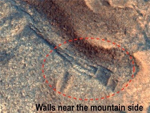 Thực hư việc người ngoài hành tinh xây dựng 'thành phố cổ' trên sao Hỏa - Ảnh 1