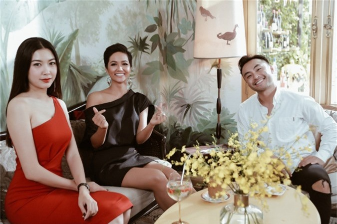 Thúy Vân khuyên HHen phải tin bản thân đẹp nhất tại Miss Universe