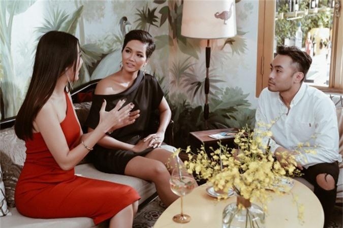 Thúy Vân khuyên HHen phải tin bản thân đẹp nhất tại Miss Universe - 3