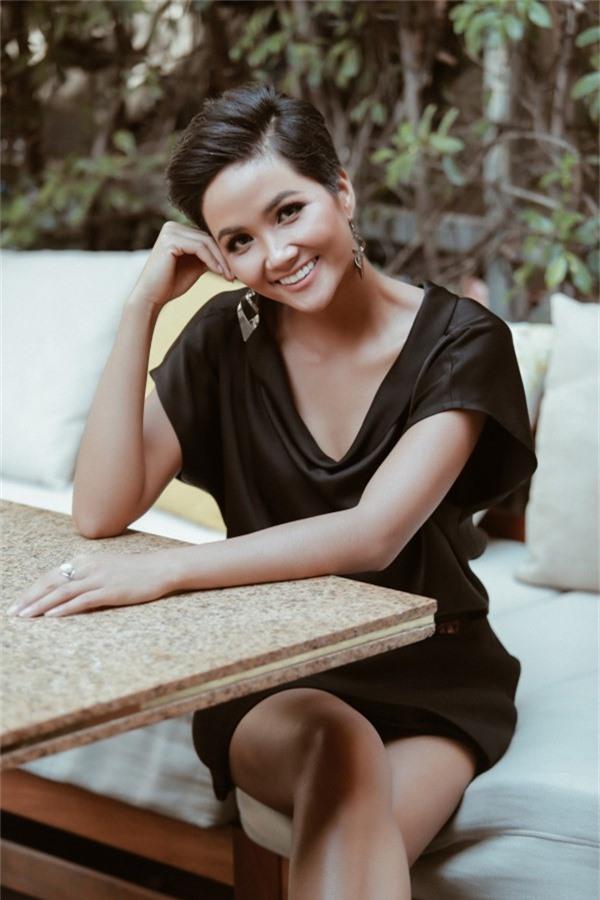 Thúy Vân khuyên HHen phải tin bản thân đẹp nhất tại Miss Universe - 6