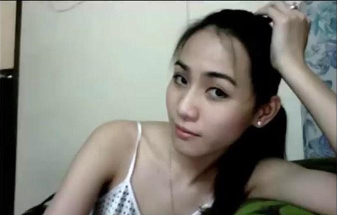 4 hotgirl xinh dep co loi song buong tha va truy lac hinh anh 12