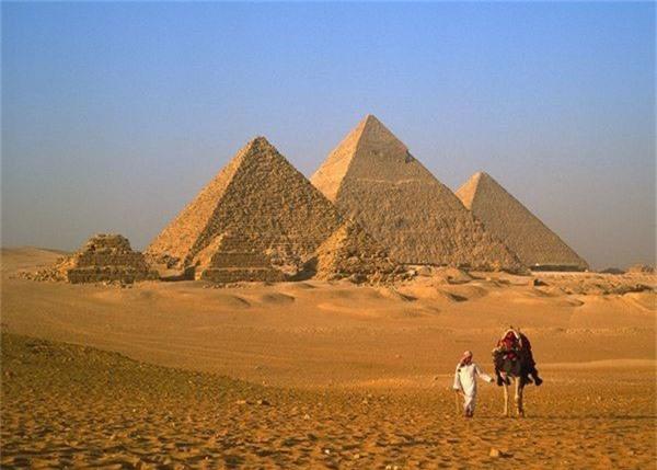 Đại kim tự tháp Giza (Ai Cập)