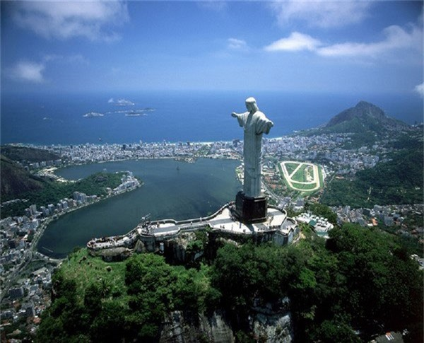Tượng Chúa Cứu thế (Brazil)