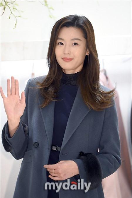 Mỹ nhân đình đám Kim Tae Hee sẽ đến Việt Nam vào tuần tới-1