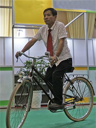 So với một chiếc xe đạp bình thường, chiếc xe 100 triệu này không có quá nhiều khác biệt. Ảnh: Trọng Nghĩa.