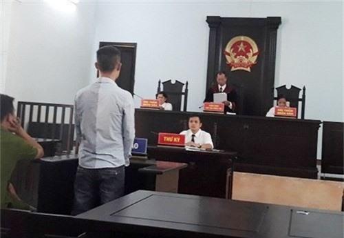 Tòa án Nhân dân TP Huế xét xử bị cáo Ngô Thanh Tĩnh với 3 tội danh