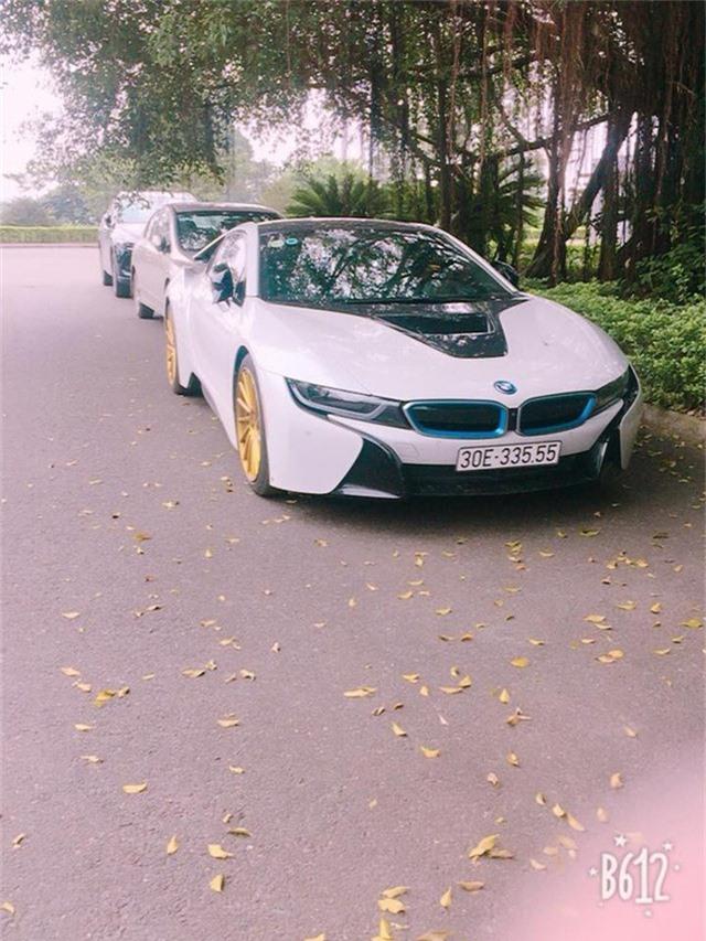 Siêu xe BMW i8 gỉ sét mang vành vàng độc nhất Việt Nam - Ảnh 3.