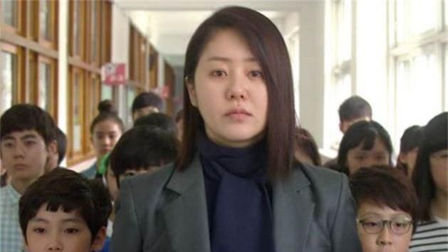 5 giáo viên hắc ám trong suy nghĩ của lũ học trò là mọt phim châu Á - Ảnh 9.