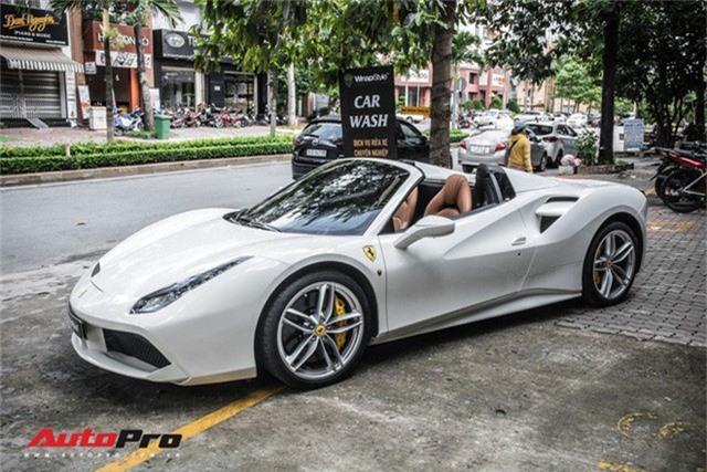 Dàn siêu xe Ferrari rủ nhau đi làm đẹp tại Sài Gòn - Ảnh 10.