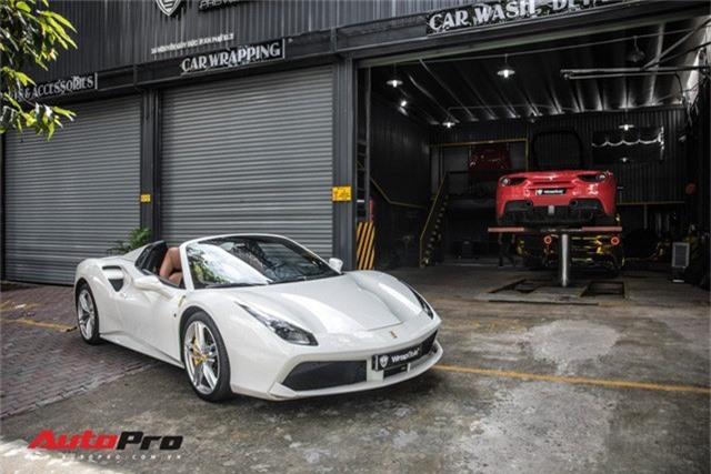 Dàn siêu xe Ferrari rủ nhau đi làm đẹp tại Sài Gòn - Ảnh 18.