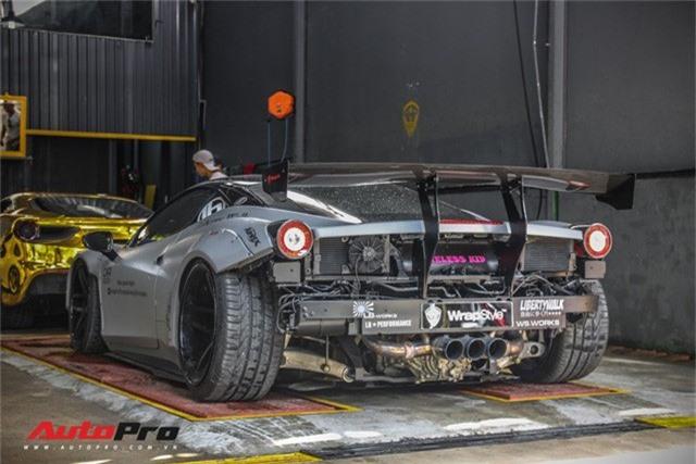 Dàn siêu xe Ferrari rủ nhau đi làm đẹp tại Sài Gòn - Ảnh 4.