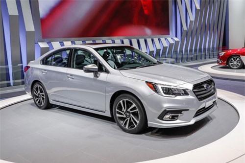 8. Subaru Legacy 2019 (giá khởi điểm: 23.520 USD).