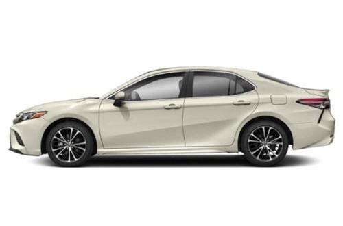 9. Toyota Camry 2019 (giá khởi điểm: 24.765 USD).
