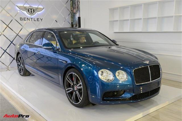 Bentley Flying Spur V8 S gần 17 tỷ đồng ra mắt tại Việt Nam - Ảnh 1.