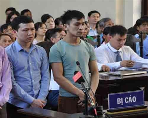 Các bị cáo tại phiên tòa sơ thẩm hồi tháng 5. Anhe: Phương Chi
