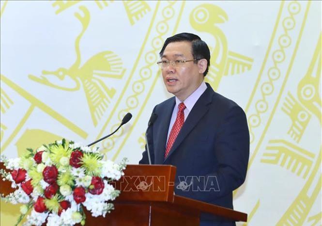 Phó thủ tướng Vương Đình Huệ phát biểu khai mạc. (Ảnh: TTXVN)