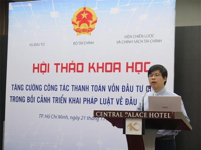 Ông Lê Tuấn Anh, Phó Vụ trưởng Vụ Đầu tư (Bộ Tài chính) cho biết tỉ lệ giải ngân vốn đầu tư công đạt gần 368.000 tỉ đồng, chỉ bằng 72% kế hoạch (ảnh LK)