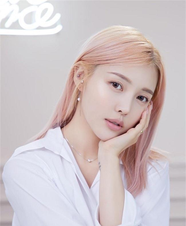 6 chiêu makeup ăn gian tuổi của phụ nữ Hàn - 1