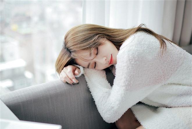 Tuân thủ những nguyên tắc này sẽ giúp bạn thoát khỏi chứng mất ngủ, trằn trọc mỗi đêm - Ảnh 3.