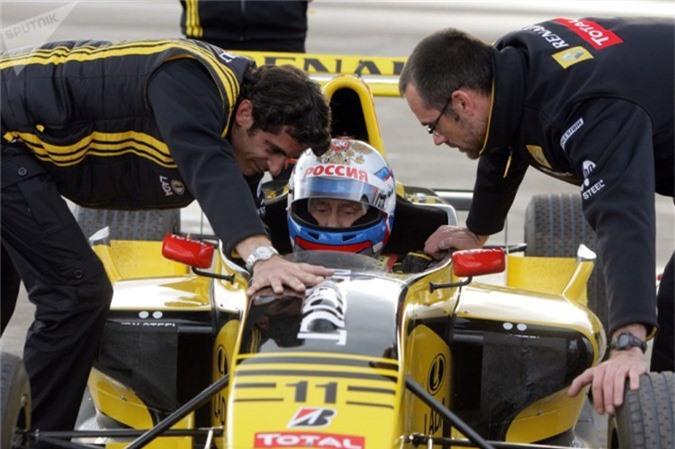 Tổng thống Nga cũng rất thích dòng xe đua công thức F1.