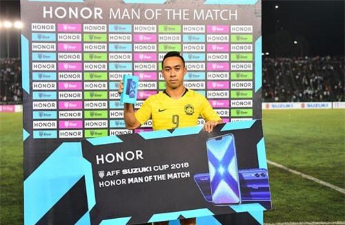 Tiền đạo: Norshahrul Idlan Talaha (Malaysia, áo vàng).
