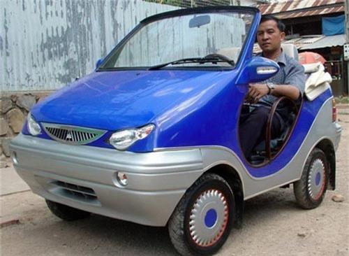 Ô tô điện 200 triệu do Campuchia sản xuất: Một kết cục không thể ngờ. Chiếc ô tô điện Angkor EV ra mắt từ năm 2013 và từng được kỳ vọng sẽ đặt nền móng cho ngành sản xuất xe hơi của Campuchia đến hiện tại vẫn chưa có cơ hội lăn bánh. (CHI TIẾT)