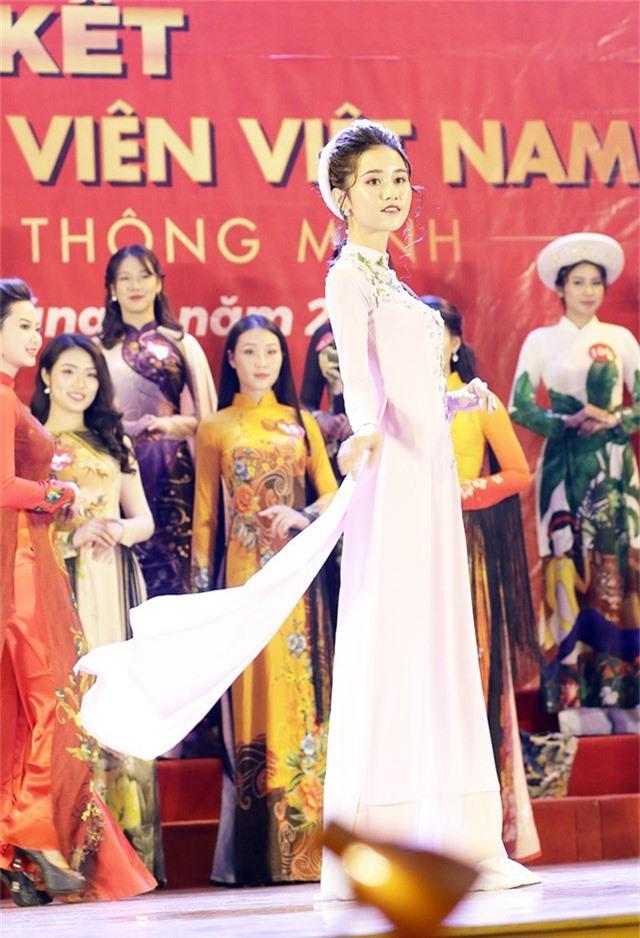 Nguyễn Thùy Trang – ĐH Kinh tế Kỹ thuật Công nghiệp