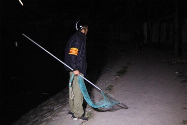 Đội bắt chó thả rông sẽ di chuyển liên tục, tập trung chủ yếu tại các khu vực xung quanh hồ nước, các ngõ ngách trên địa bàn phường Khương Đình.