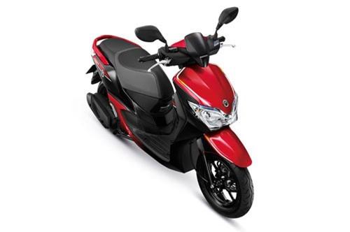 Honda Moove sở hữu số đo 1.851x683x1.102 mm, khoảng cách giữa 2 trục bánh xe 1.256 mm, khoảng sáng gầm xe 139 mm. Trọng lượng khô 100 kg