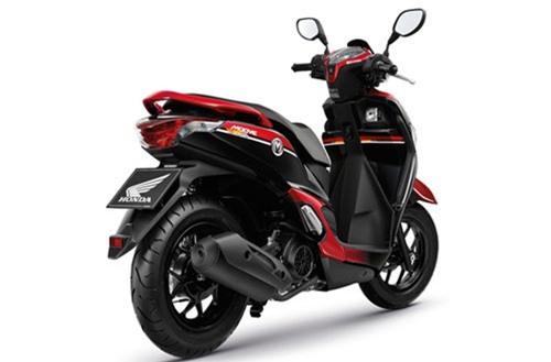 Honda Moove được trang bị động cơ 108,2 cc, phun xăng điện tử PGM-FI, làm mát bằng không khí. Công suất động cơ không được hé lộ.