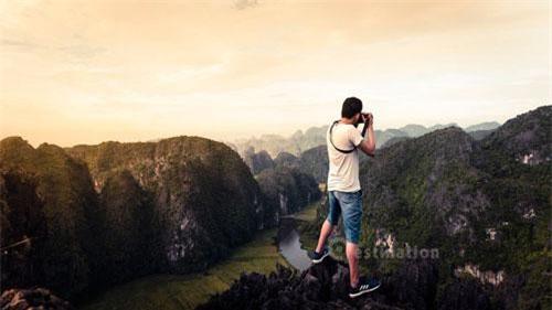 Toàn khu vực bao gồm hệ thống các hang động núi đá vôi và các di tích lịch sử liên quan đến hành cung Vũ Lâm của triều đại nhà Trần nằm chủ yếu ở xã Ninh Hải, Hoa Lư, Ninh Bình. Ảnh: Destination.