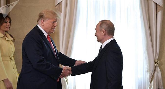 dien kremlin phan ung bat ngo khi trump huy hop voi putin vi ukraine hinh anh 1