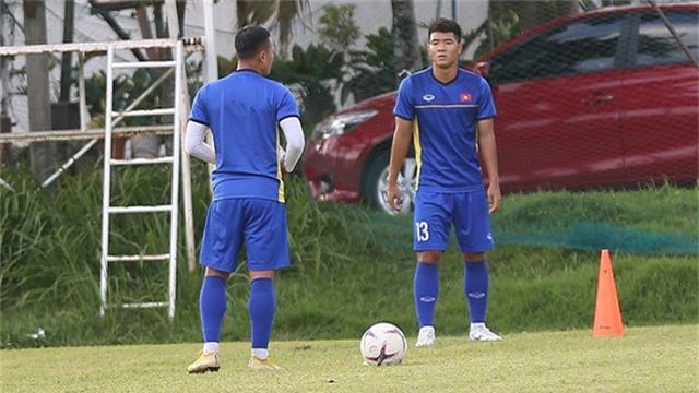 Hà Đức Chinh đánh giá cao tiền vệ Manuel Ott của Philippines