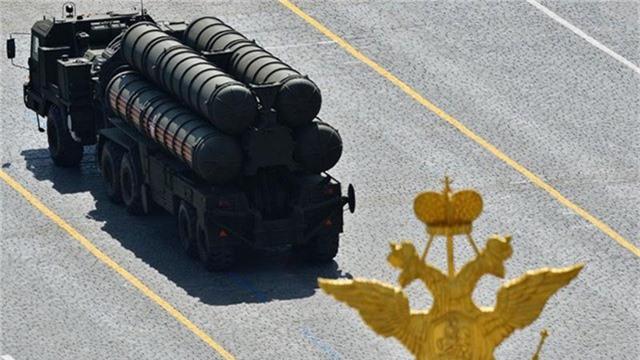 Hệ thống S-400 Triumph/SA-21 Growler của Nga (Ảnh: Reuters)