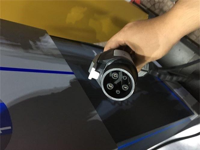 Trạm sạc nhanh của VinFast sẽ được sử dụng cho những xe máy điện nào? - ảnh 1