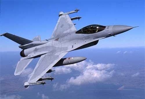 F-16V xuất hiện lần đầu tại Triển lãm hàng không Singapore năm 2012.
