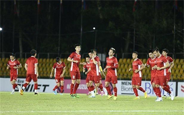 AFF Cup 2018: ĐT Việt Nam làm quen sân, sẵn sàng đấu ĐT Philippines - Ảnh 1.