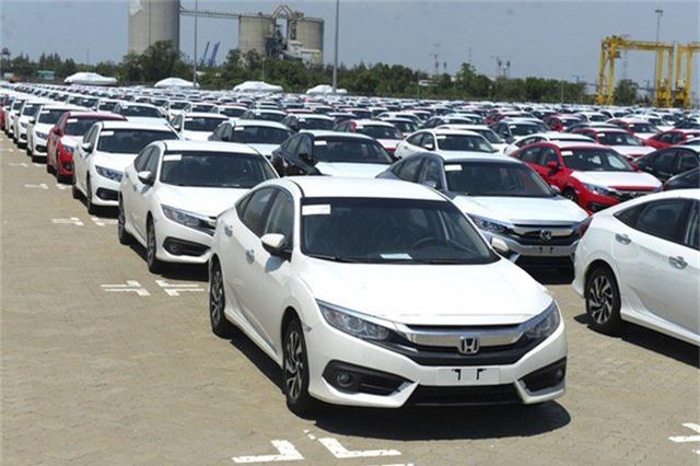 Xe nhập từ Thái Lan tăng rất mạnh vào Việt Nam thời điểm cuối năm