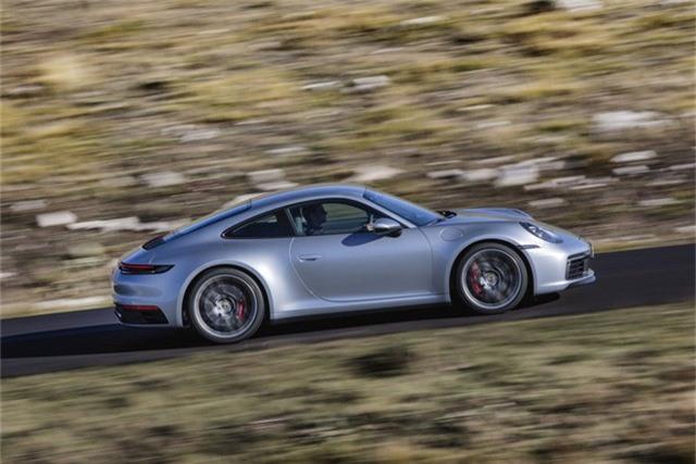 Porsche 911 đời mới có giá từ hơn 7,6 tỷ đồng tại Việt Nam - Ảnh 4.